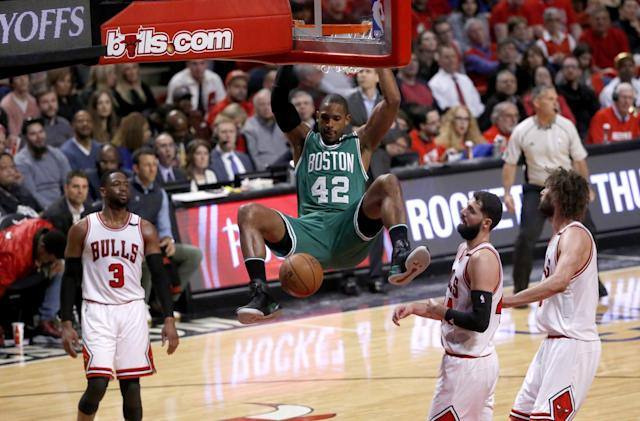 Al Horford dunks during the Celtics' Game 3 victory over the Bulls. (AP)