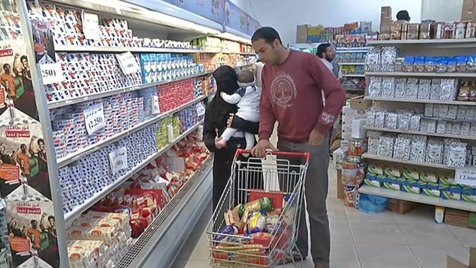 Conflict, political strife and loss of oil revenues have left Libya's economy in turmoil. As Ivor Bennett reports, consumers are finding it hard to make ends meet, with food prices continuing to rise.