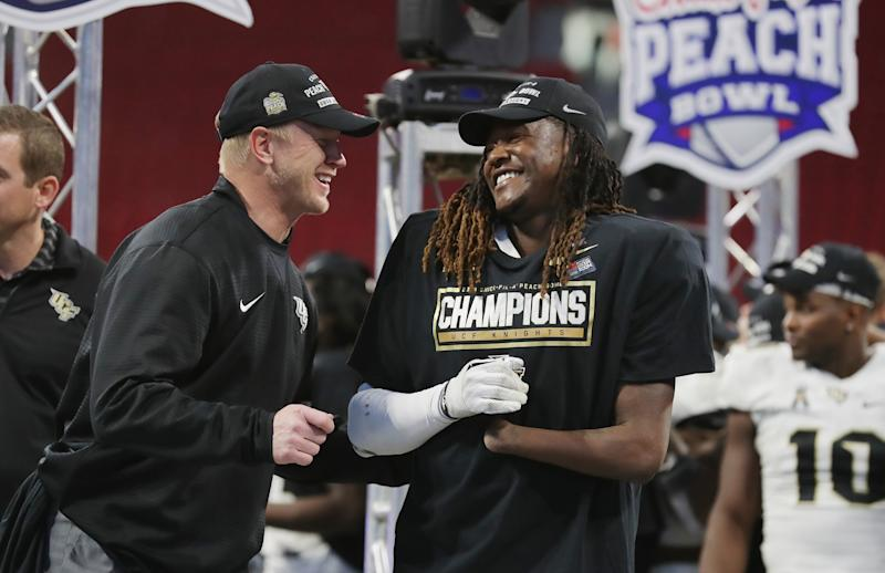 Alabama, UCF ADs trade Twitter zingers over football national championships