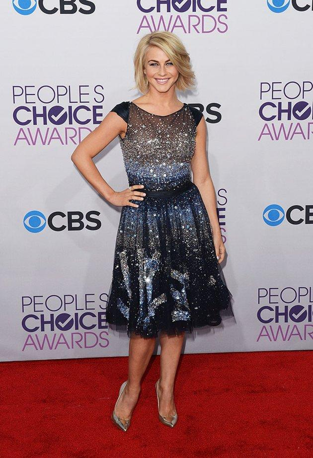 "BEST: Julianne Hough.   The former ""Dancing With the Stars"" pro knows how to rock sequins. She sparkles in a Tony Ward Couture dress and silver Guiseppe Zanotti shoes. Alas, boyfriend Ryan Seacrest couldn't escort her down the red carpet due to an ""American Idol"" commitment."