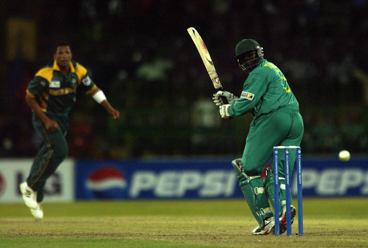 Steve Tikolo of Kenya in action during the ICC Champions Trophy match between South Africa and Kenya held on September 20, 2002 at the R Premadasa Stadium, in Colombo, Sri Lanka. DIGITAL IMAGE. (Photo by Tom Shaw/Getty Images)