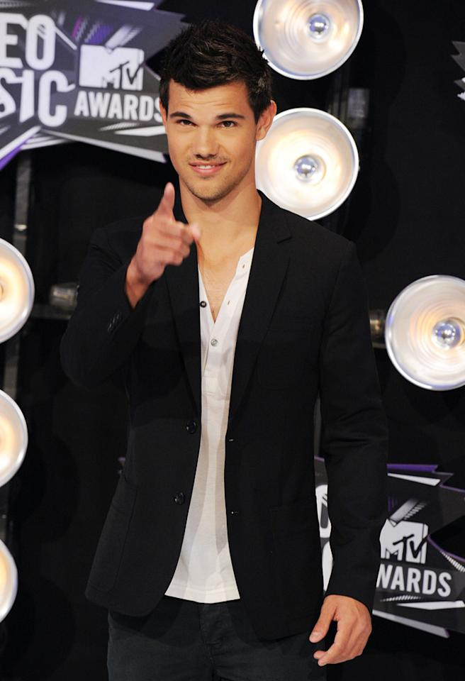 LOS ANGELES, CA - AUGUST 28:  Actor Taylor Lautner arrives at the The 28th Annual MTV Video Music Awards at Nokia Theatre L.A. LIVE on August 28, 2011 in Los Angeles, California.  (Photo by Steve Granitz/WireImage)
