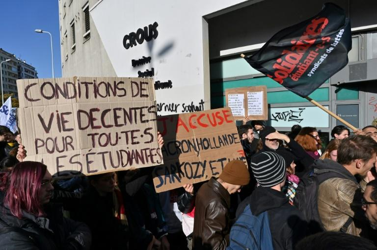 Hundreds of students demonstrated in Lyon, Paris and Lille over the struggling student's desperate act