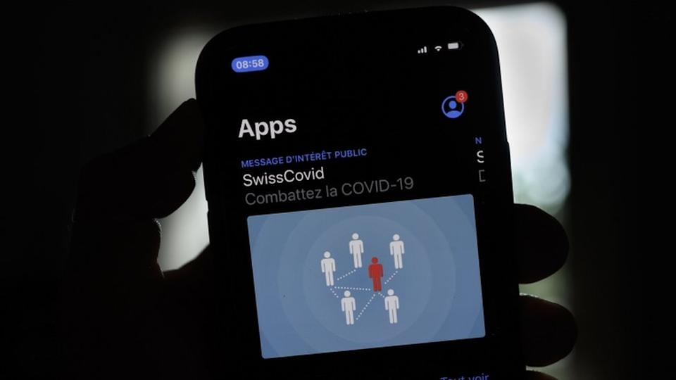 Developers of the SwissCovid app have said an update next month will make changes to how it measures Bluetooth signals