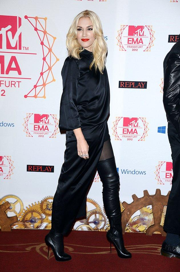 """Before we move on to our fave """"Twilight"""" premiere pics, let's take a peek at one more lust-worthy look from the EMAs. Rocking a draped Jean-Paul Gaultier dress, barely-there shorts, and thigh-high boots, No Doubt songstress Gwen Stefani sauntered into the soiree with the confidence only a living legend could exude. (11/11/2012)"""