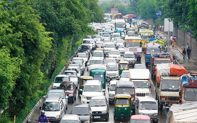 What makes Noida traffic a nightmare that bites hard in reality?