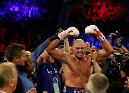 Back from 'hell', Fury helping others fight their demons