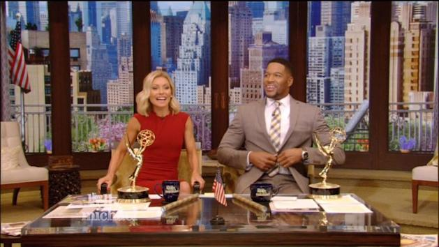 Kelly Ripa and Michael Strahan have most awkward Emmy win ever
