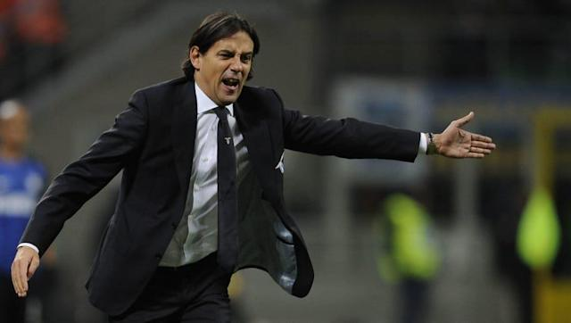 ​Lazio manager Simone Inzaghi hailed his 'extraordinary' players and refused to blame them for the ​dramatic 3-2 home defeat against ​Inter on Sunday evening, which cost his side a place in next season's UEFA Champions League. I Biancocelesti - who only needed a point to secure fourth place and thus Champions League qualification - seemed to be cruising to a 2-1 victory with less than a quarter of an hour remaining. However, late goals from Mauro Icardi and Matias Vecino enabled Inter to...