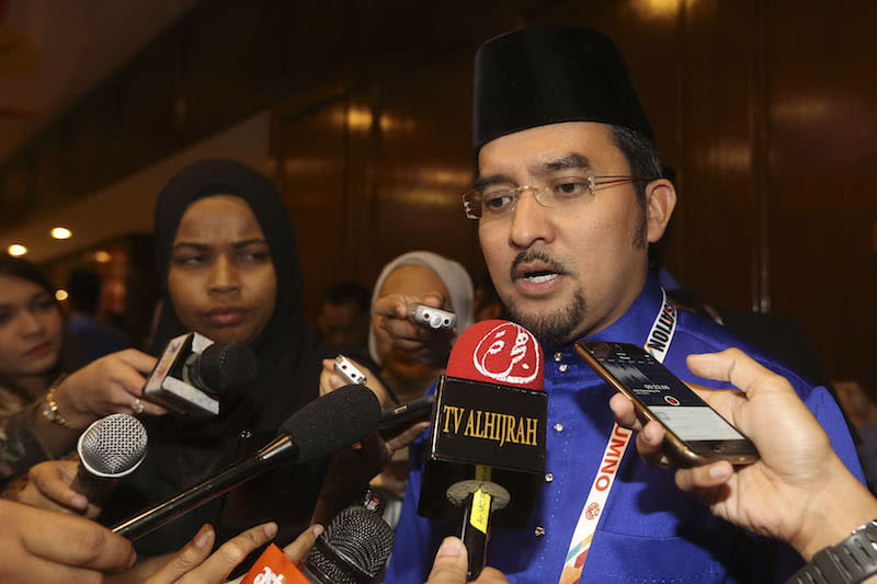 Asyraf Wajdi reportedly won after a close race against former wing vice-chief and fellow senator Khairul Azwan Harun. — Picture by Yusof Mat Isa