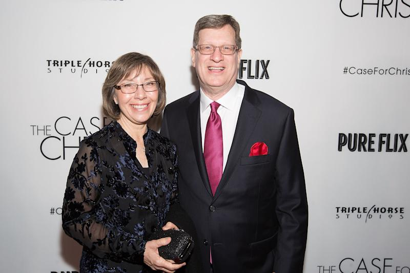 "Leslie Strobel and Lee Strobel attend the film premiere of ""The Case for Christ"" in Chicago on April 6, 2017. (Jeff Schear via Getty Images)"