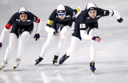 Speed Skating - Pyeongchang 2018 Winter Olympics - Women's Team Pursuit Competition - Gangneung Oval - Gangneung, South Korea - February 19, 2018. Heather Bergsma, Brittany Bowe and Mia Manganello of the U.S in action. REUTERS/Damir Sagolj
