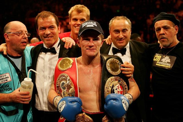 Hatton added another world title with victory against Maussa