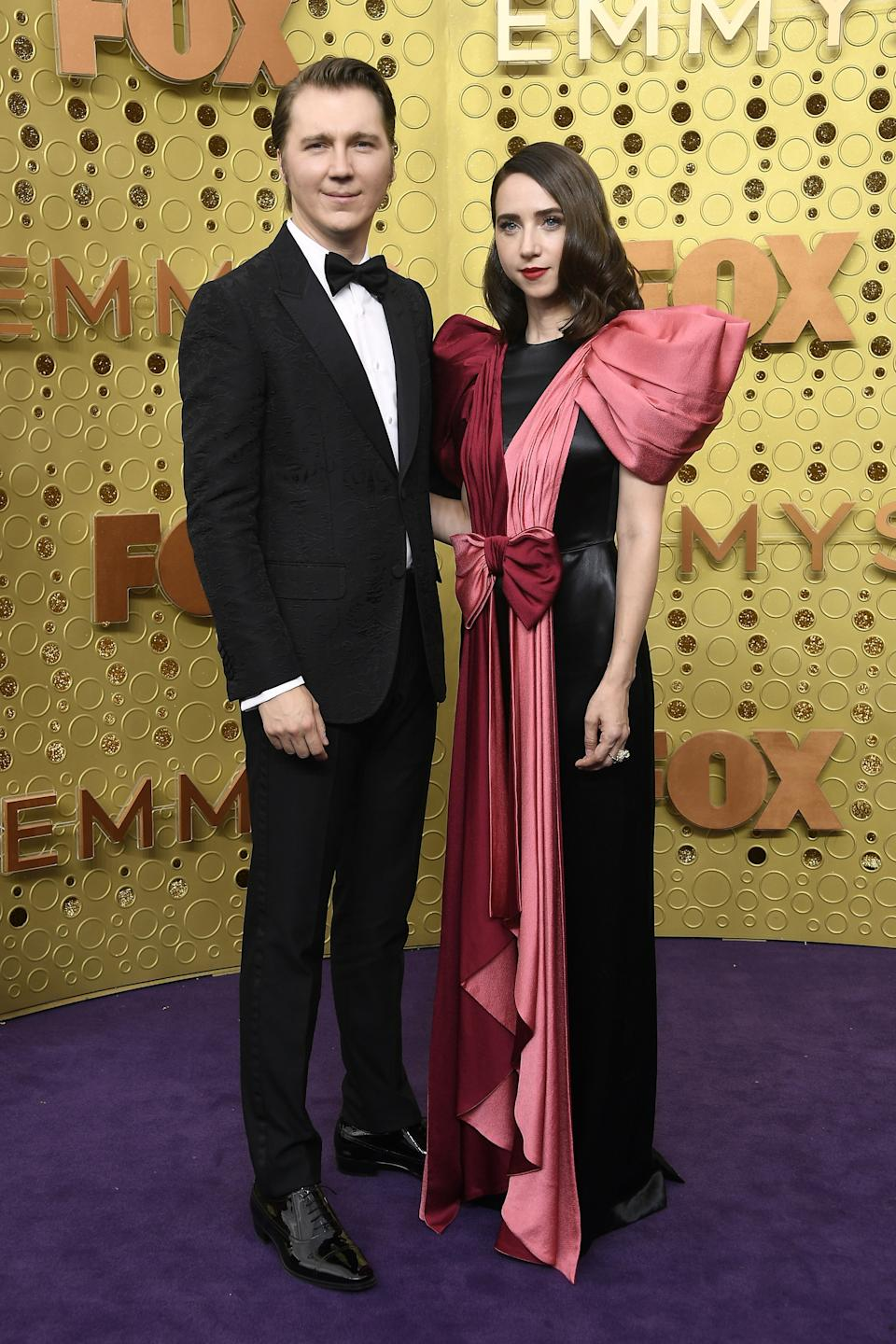 """<h1 class=""""title"""">Paul Dano and Zoe Kazan in Gucci</h1><cite class=""""credit"""">Photo: Getty Images</cite>"""