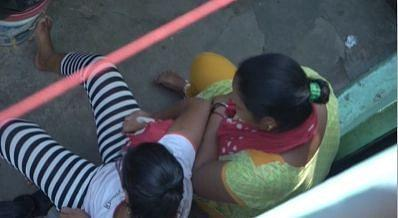 """<div class=""""paragraphs""""><p>Chhoti Nirbhaya with her mother.</p></div>"""