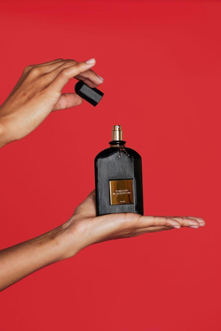 """<p><strong>TOM FORD</strong></p><p>sephora.com</p><p><strong>$49.00</strong></p><p><a href=""""https://go.redirectingat.com?id=74968X1596630&url=https%3A%2F%2Fwww.sephora.com%2Fproduct%2Fblack-orchid-P183301&sref=https%3A%2F%2Fwww.elle.com%2Ffashion%2Fshopping%2Fg33078428%2Fbest-elle-editor-product-reviews%2F"""" rel=""""nofollow noopener"""" target=""""_blank"""" data-ylk=""""slk:Shop Now"""" class=""""link rapid-noclick-resp"""">Shop Now</a></p><p>""""I first purchased this scent for myself after I had lived in New York for almost a year. Not many perfumes are strong enough for these city streets. What initially got me was its unique mix of incense, patchouli, orchids, and sandalwood, better described as 'warm florals.' It's also unisex, a nifty factor that felt ultra cosmopolitan. Because of the high percentage of oils, <a href=""""https://www.elle.com/beauty/a22140850/tom-ford-black-orchid/"""" rel=""""nofollow noopener"""" target=""""_blank"""" data-ylk=""""slk:Black Orchid"""" class=""""link rapid-noclick-resp"""">Black Orchid</a> really 'sticks,' my high-tech way of saying you'll still be able to smell it hours after a few spritzes."""" — <em>Mariel Tyler, photo editor</em></p>"""