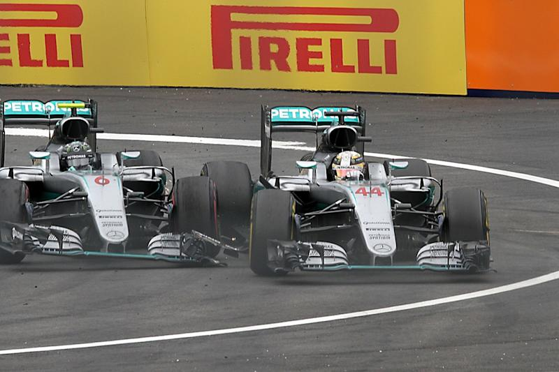 Hamilton 'cracked up' at Verstappen's Rosberg dig