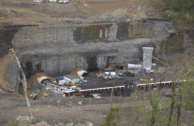 Feds: Kentucky coal mine supervisors cheated on dust samples