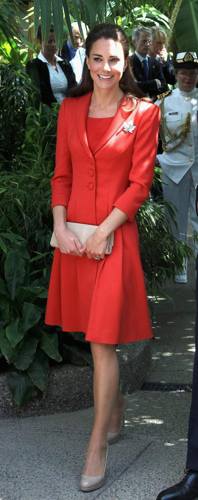 <p>Kate said goodbye to Canada in a red Catherine Walker ensemble paired with L.K. Bennett heels and clutch.</p><p><i>[Photo: PA]</i></p>