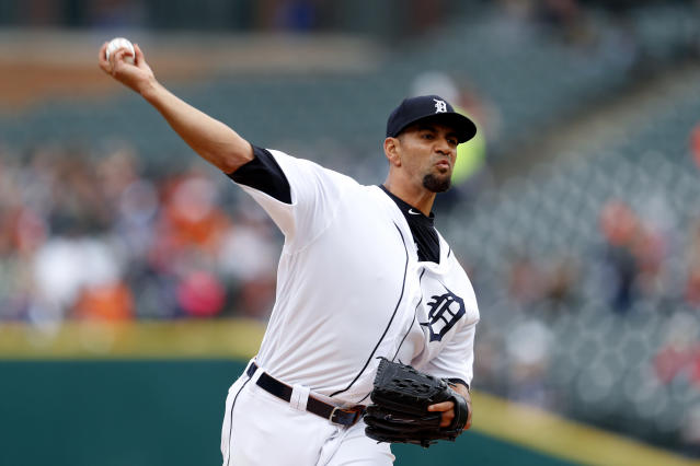 Detroit Tigers pitcher Tyson Ross throws against the Chicago White Sox in the first inning of a baseball game in Detroit, Thursday, April 18, 2019. (AP Photo/Paul Sancya)
