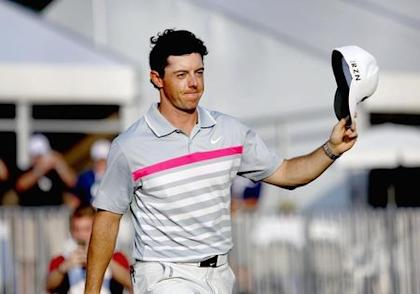 Rory McIlroy salutes the crowd following the final round of the WGC-Bridgestone Invitational golf tournament at Firestone. (USA TODAY Sports)