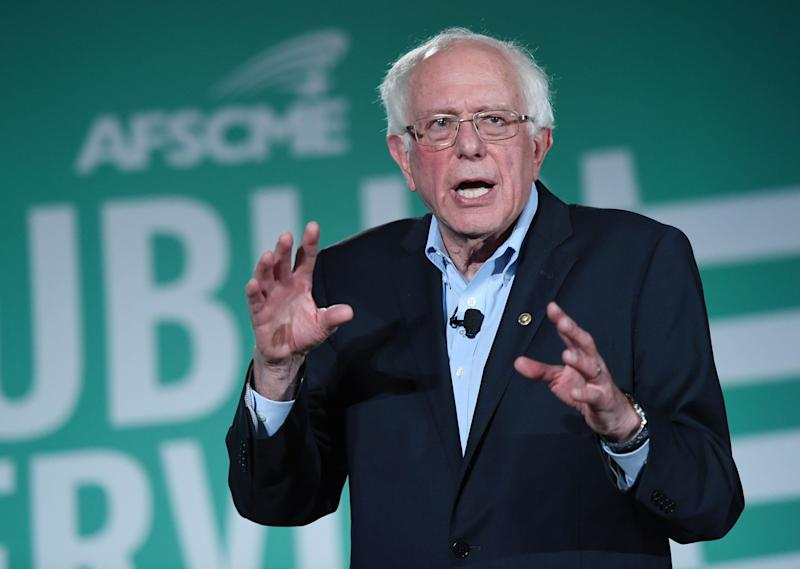 Sen. Bernie Sanders (I-Vt.) speaks at a union-sponsored candidate forum in Las Vegas in August. Although Sanders is a labor ally, Nevada unions are divided on his preesidential bid. (Photo: Ethan Miller/Getty Images)