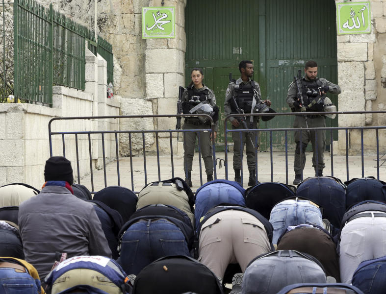 Israeli Police Scuffles with Muslims at Jerusalem's al-Aqsa Compound