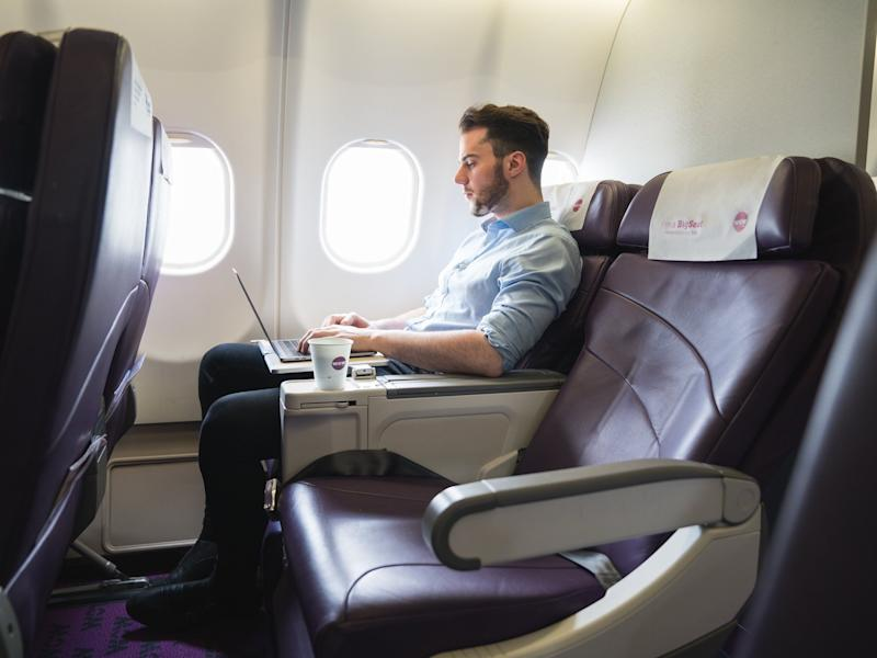 WOW Air business class