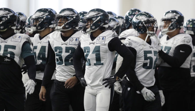 The Eagles break a huddle at a practice leading up to Super Bowl LII. (AP)