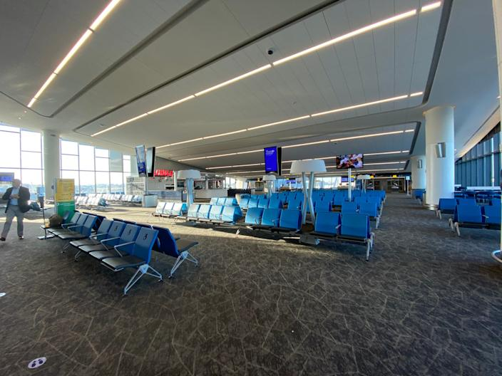 Flying into the new LaGuardia Airport Terminal B.