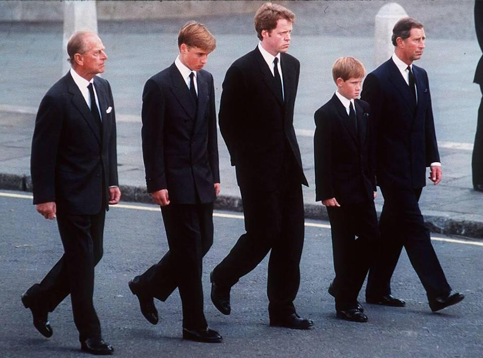 Prince Philip, Prince William, Earl Spencer, Prince Harry, Prince Charles, Diana funeral, 1997, Widget