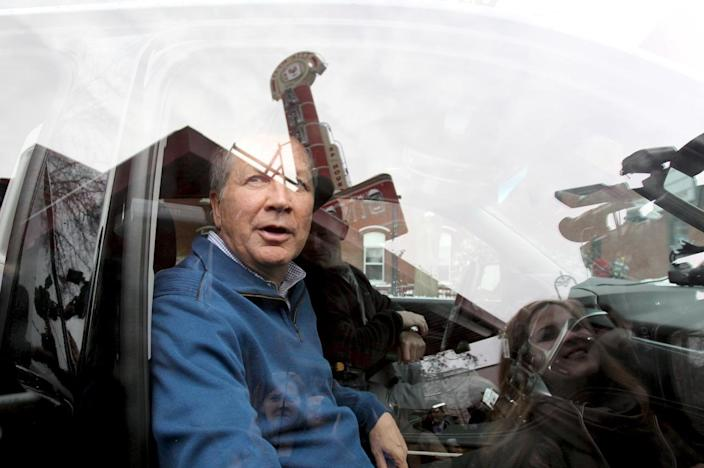 <p>Republican presidential candidate Ohio Gov. John Kasich gets in his car after a campaign stop at the Red Arrow Diner in Manchester, N.H., on Feb. 9, 2016. <i>(Photo: Mary Schwalm/Reuters)</i></p>