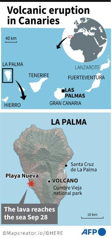 A map locating where lava from the Cumbre Vieja volcano has reached the sea on the Canary Island of La Palma (AFP/Tupac POINTU)