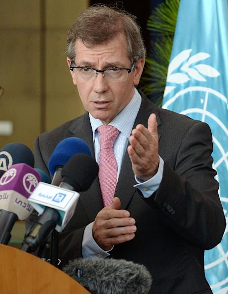 Bernardino Leon, Special Representative and Head of the United Nations Support Mission in Libya, delivers a speech during UN-brokered talks in Skhirat, Morocco, on August 28, 2015 (AFP Photo/Fadel Senna)