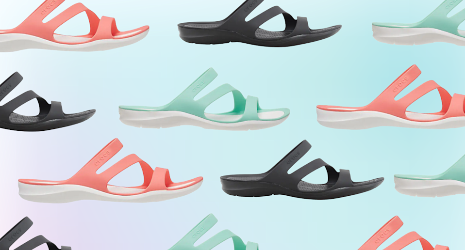 'This is my new favourite shoe in the whole world': Shoppers can't get enough of these $45 Crocs sandals (Photo via DSW)