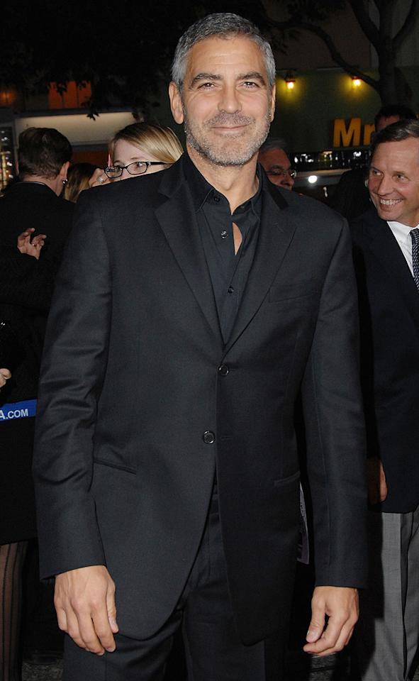 "<a href=""http://movies.yahoo.com/movie/contributor/1800019715"">George Clooney</a> at the Los Angeles premiere of <a href=""http://movies.yahoo.com/movie/1810062520/info"">Up in the Air</a> - 11/30/2009"