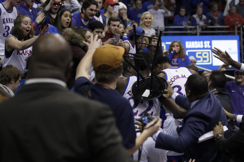 Ugly brawl breaks out at end of Kansas State-Kansas game