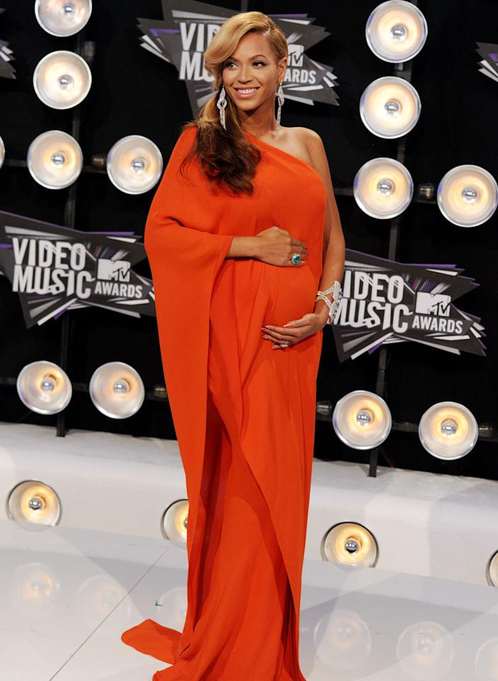 "<p>Beyoncé actually announced her pregnancy at an awards show. Back in 2011, pre-Blue — and Sir and Rumi, too — the Destiny's Child alum arrived at the 28th Annual MTV Video Music Awards in Aug. 2011 with her hands on her belly. Of course, that's the universal ""I'm pregnant"" pose for celebrities, which is why non-pregnant celebs, <a rel=""nofollow"" rel=""nofollow"" href=""https://www.yahoo.com/entertainment/halle-berry-sparks-pregnancy-rumors-posing-hands-belly-155458024.html"">with food babies</a>, shouldn't pose like that. (Photo: Steve Granitz/WireImage) </p>"