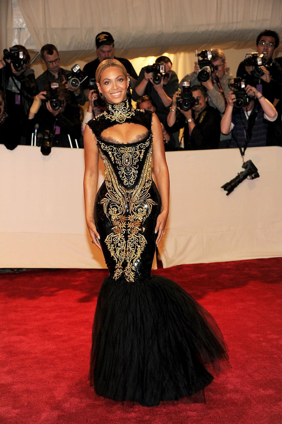 """<h1 class=""""title"""">Beyonce in Emilio Pucci, 2011</h1><cite class=""""credit"""">Photo: Getty Images</cite>"""