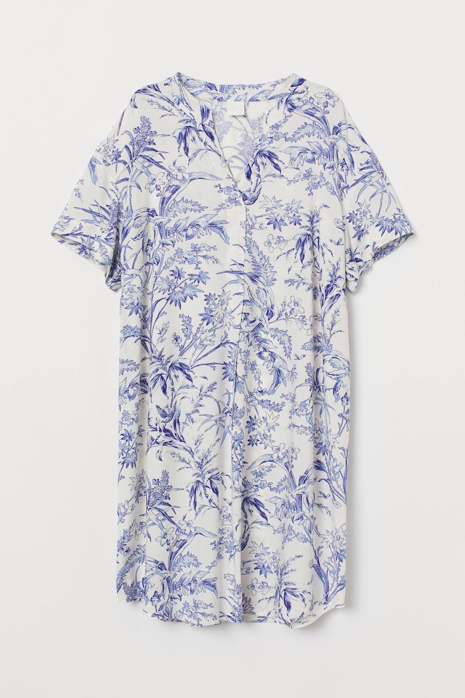 <p>For spontaneous beach days, meet the <span>H&amp;M V-Neck Dress</span> ($25).</p>