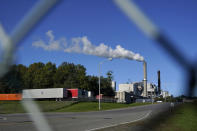 """The Sappi paper mill produces pulp, Tuesday, Sept. 14, 2021, in Skowhegan, Maine. Gov. Janet Mills said she """"will not allow"""" the mill to close, in response to concerns being raised by the owner of a nearby dam that's up for federal relicensing. """"As one of the last remaining pulp mills in the state, it is also an integral component of our forest economy supply chain, supporting landowners, loggers, and truckers,"""" said Mills.(AP Photo/Robert F. Bukaty)"""