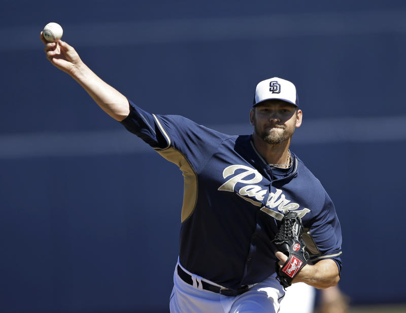 Padres' Josh Johnson to undergo 2nd elbow surgery