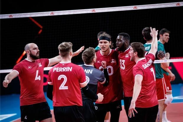 The Canadian men's volleyball team defeated Bulgaria 3-0 in Nations League action on Friday. (@volleyballworld/Twitter - image credit)