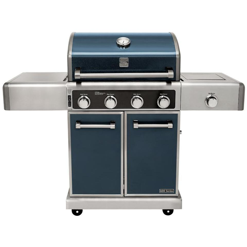 "<p><strong>Kenmore Elite </strong></p><p>homedepot.com</p><p><strong>$1199.99</strong></p><p><a href=""https://go.redirectingat.com?id=74968X1596630&url=https%3A%2F%2Fwww.homedepot.com%2Fp%2FKENMORE-ELITE-4-Burner-Propane-Gas-Grill-in-Metallic-Gun-Metal-Color-PG-40415SOLC-1%2F302114181&sref=https%3A%2F%2Fwww.goodhousekeeping.com%2Fappliances%2Foutdoor-grill-reviews%2Fg26870787%2Fbest-gas-grills-reviews%2F"" rel=""nofollow noopener"" target=""_blank"" data-ylk=""slk:Shop Now"" class=""link rapid-noclick-resp"">Shop Now</a></p><p>With virtually no smoking or flare-ups, this model grills up a London broil that's crusty on the outside, and juicy and medium rare on the inside. <strong>Turning this grill on is as easy as ""lighting"" your kitchen stove</strong>, though we noted that it heats a bit unevenly. If you often cook for a crowd, the Kenmore Elite is worth considering as it offers enough room on the grates for 32 four-ounce hamburgers.</p>"