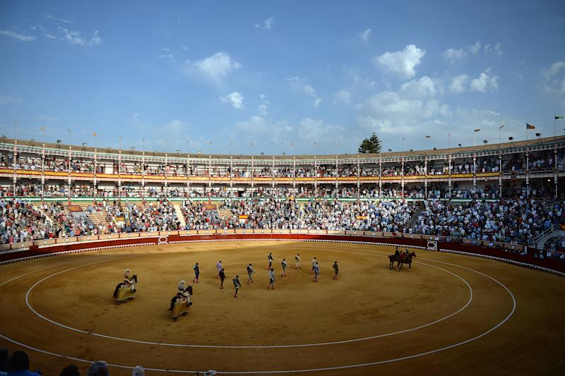 Pese a la pandemia se han seguido celebrando corridas de toro. (Photo by CRISTINA QUICLER/AFP via Getty Images)