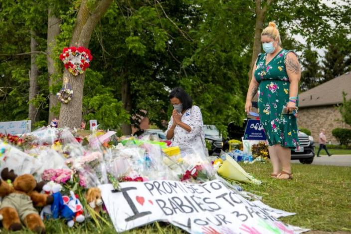 FILE PHOTO: A makeshift memorial of hate-motivated attack that killed four members of a Muslim family in London, Ontario
