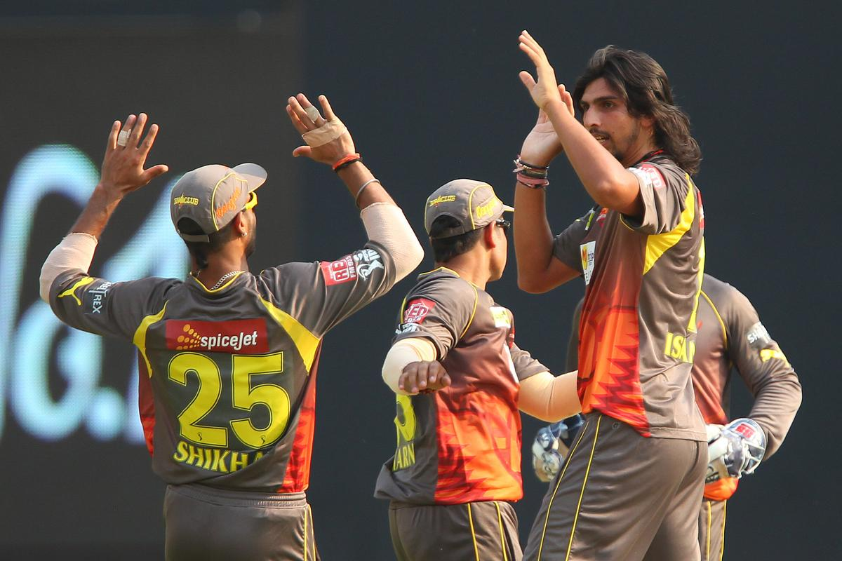 Ishant Sharma celebrates the wicket of Dinesh Karthik during match 43 of the Pepsi Indian Premier League between The Sunrisers Hyderabad and Mumbai Indians held at the Rajiv Gandhi International  Stadium, Hyderabad  on the 1st May 2013..Photo by Ron Gaunt-IPL-SPORTZPICS ..Use of this image is subject to the terms and conditions as outlined by the BCCI. These terms can be found by following this link:..https://ec.yimg.com/ec?url=http%3a%2f%2fwww.sportzpics.co.za%2fimage%2fI0000SoRagM2cIEc&t=1506185082&sig=6_MRpQUsWxWwMVQEmQVH.A--~D