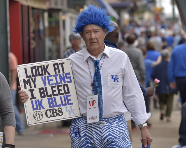 A Kentucky fan gets ready for Friday's matchup against UCLA (AP).