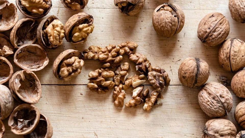 #HealthBytes: Like eating walnuts? Here are their surprising heath benefits
