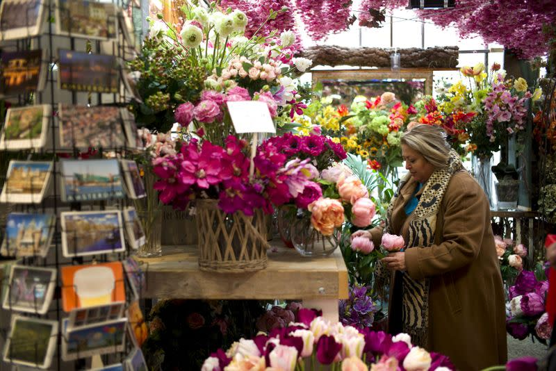 Dutch floral industry wilting due to coronavirus
